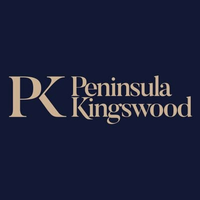 Peninsula Kingswood Country Club emblem