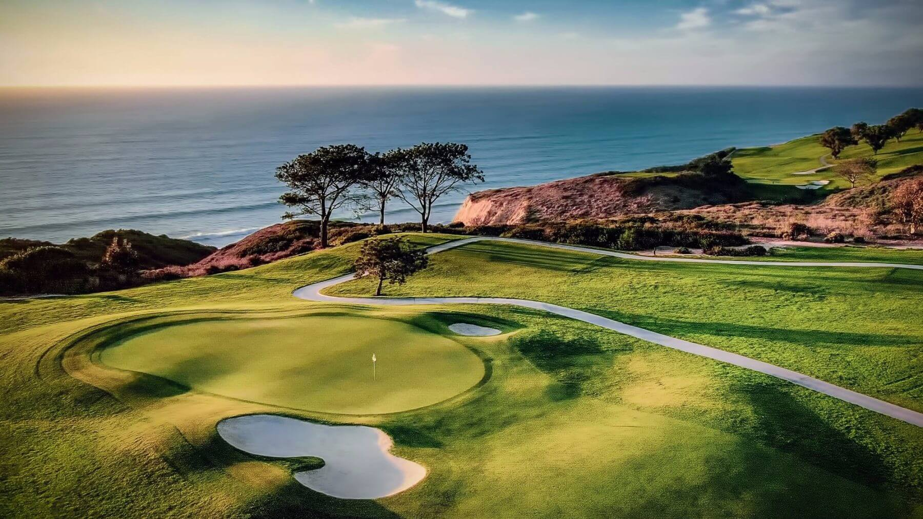Aerial image of Torrey Pines tenth hole and Pacific Ocean