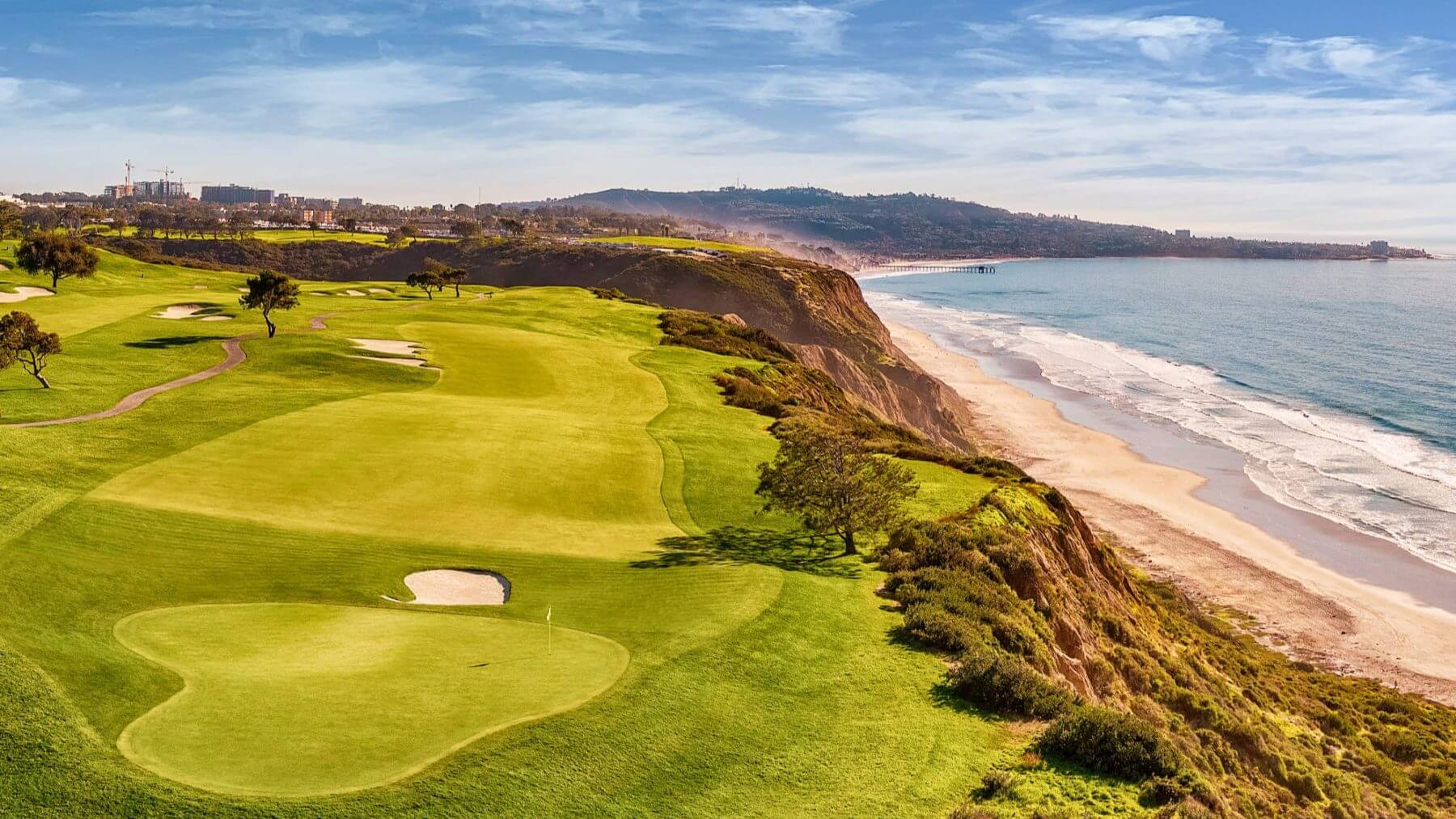Cliffside fourth hole on Torrey Pines South golf course