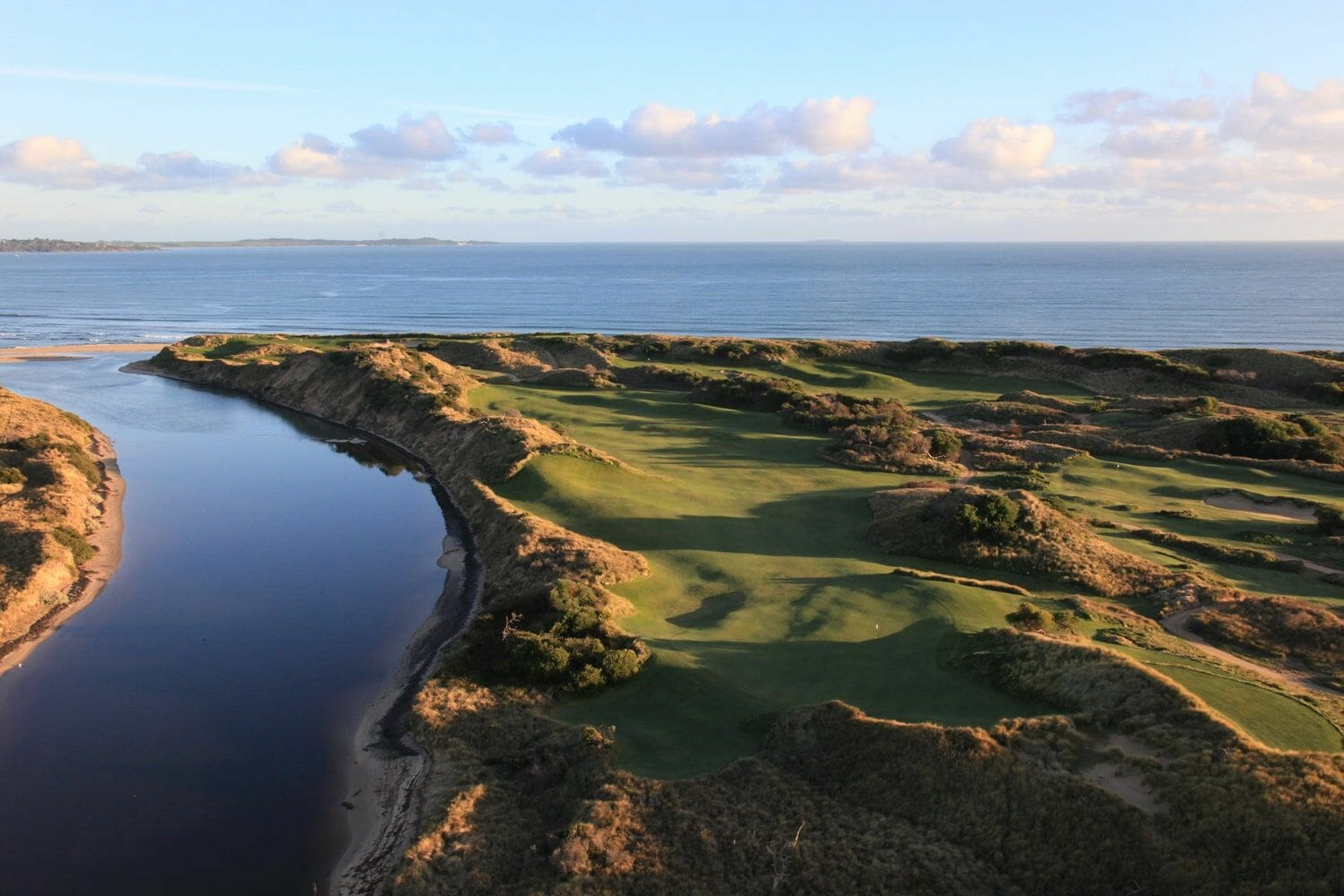 Lost Farm golf course sits between Forester River and Bass Strait