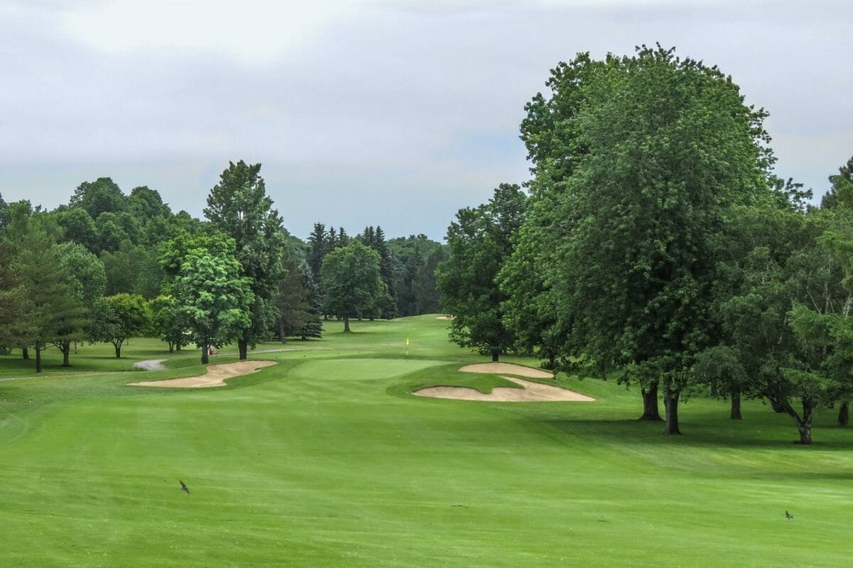 First hole at Royal Montreal Golf Club Blue Course
