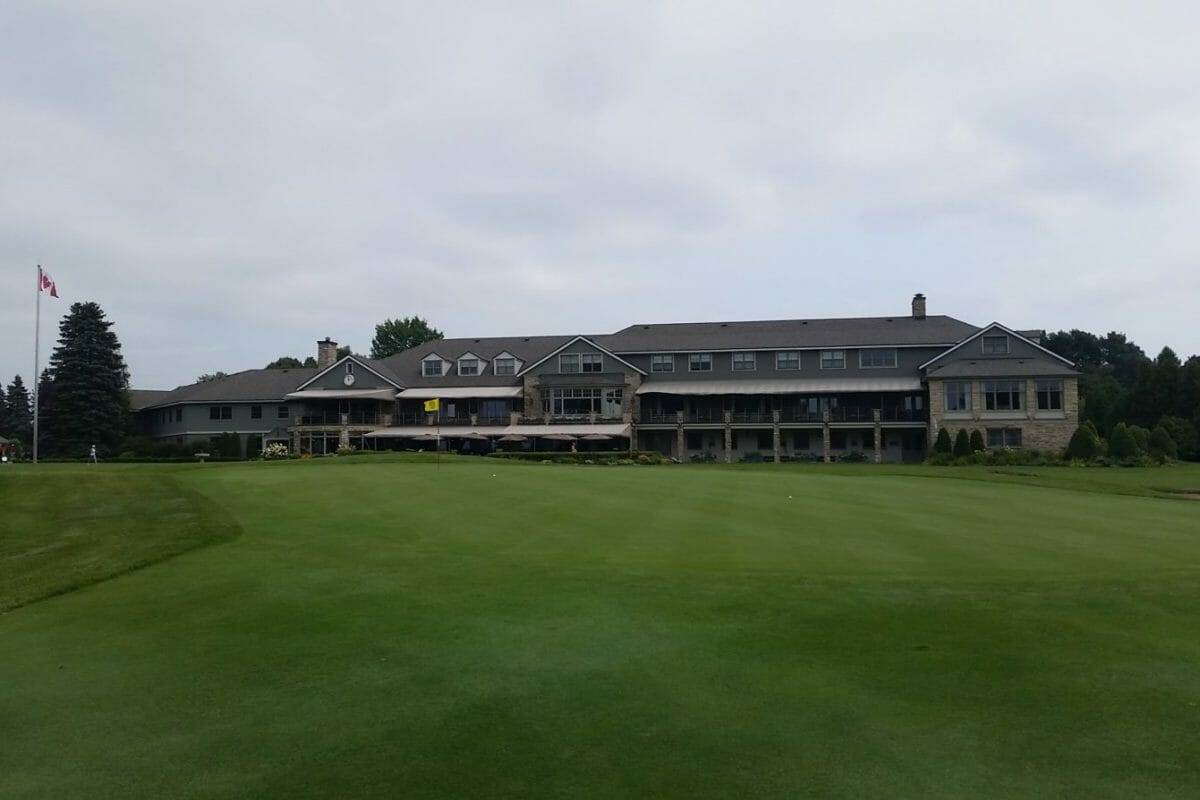 Royal Montreal Golf Clubhouse from Blue Course