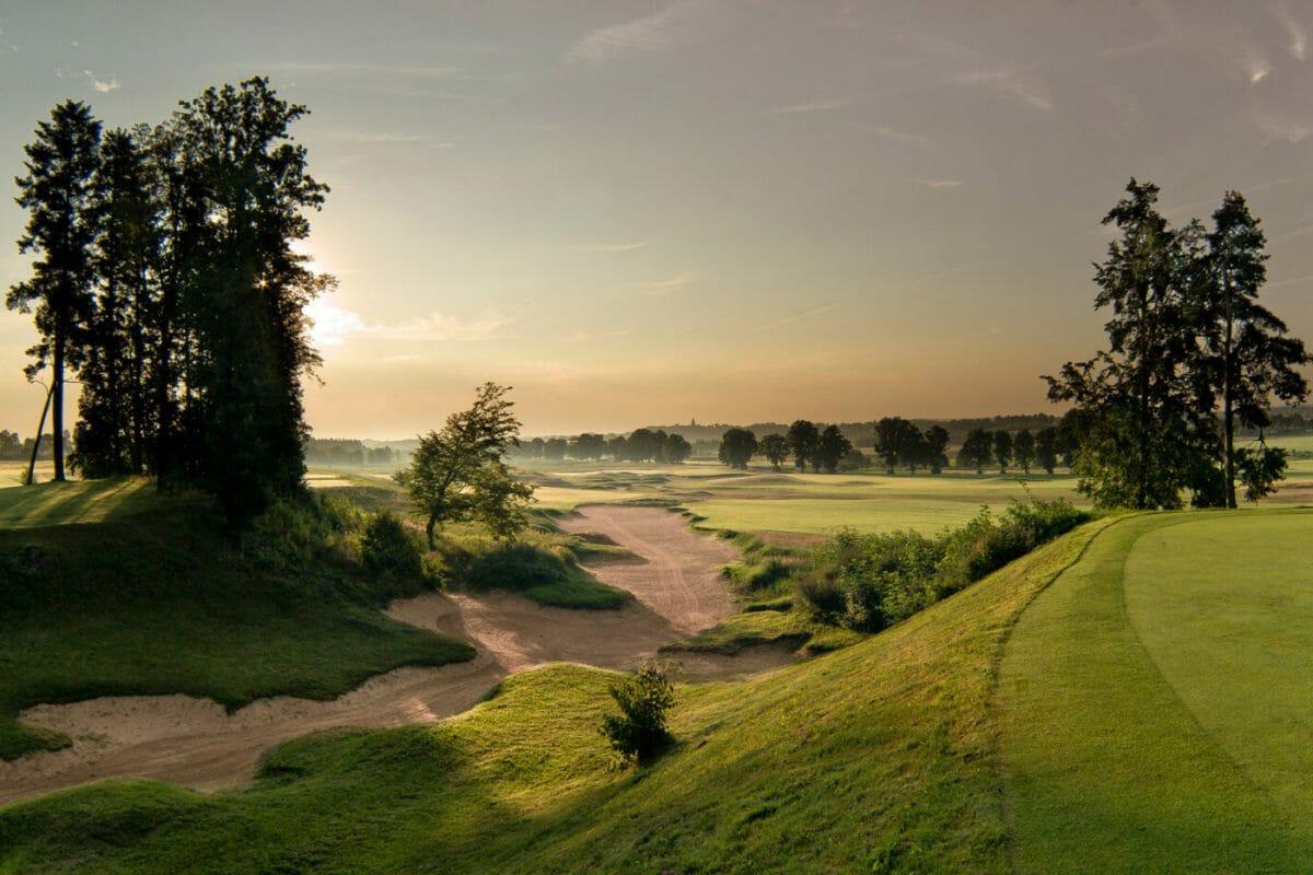 Rising sun over Sand Box golf course