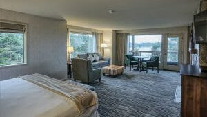 Image of a large bedroom in the Premier Room category at the Salishan Resort, Oregon, USA
