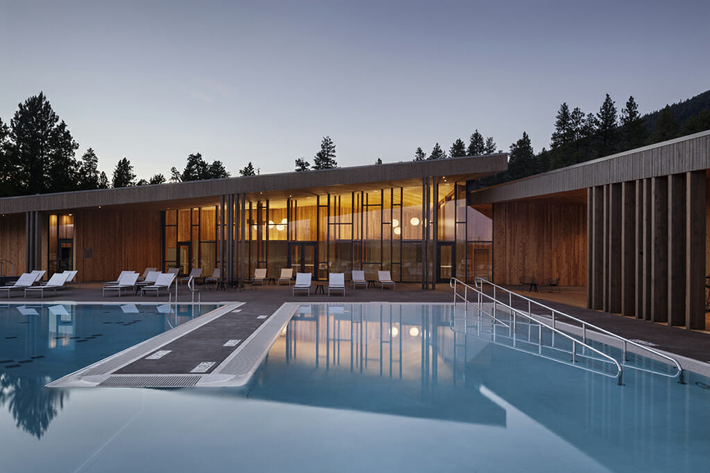 Image of the outdoor pool at Black Butte Ranch, Oregon, USA