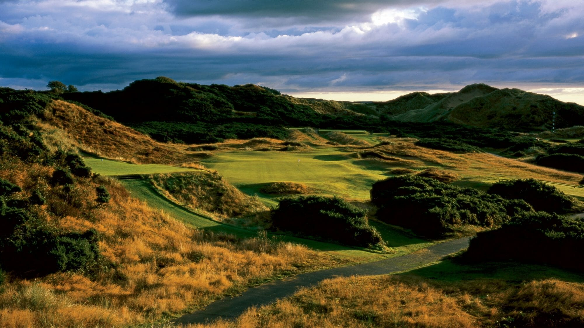 Image depicting the links golf course at Royal County Down Golf Club, Northern Ireland