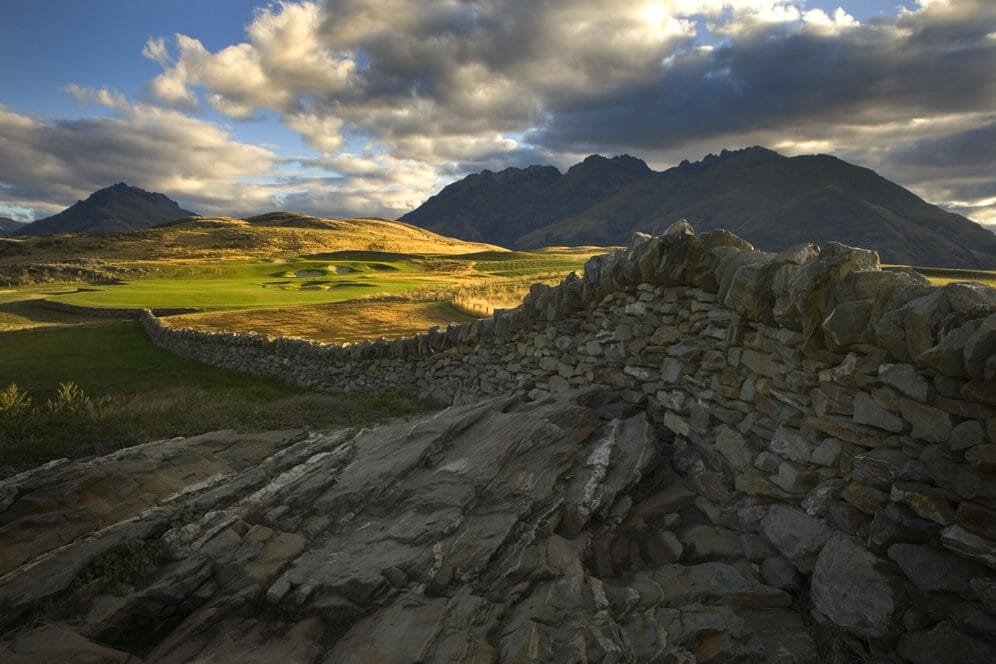 Image of a dry stone wall on Jack's Point Golf Course, Queenstown