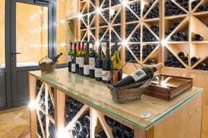 An extensive wine list features in the Les Fresques Restaurant at Chateaux des Vigiers